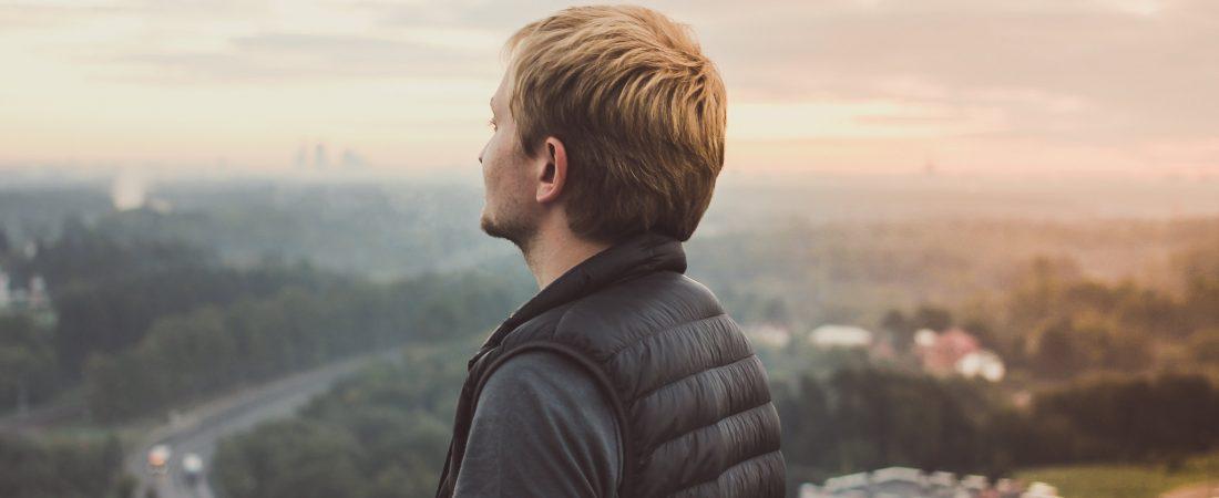 Czym kierować się wybierając bezrękawnik męski nike?