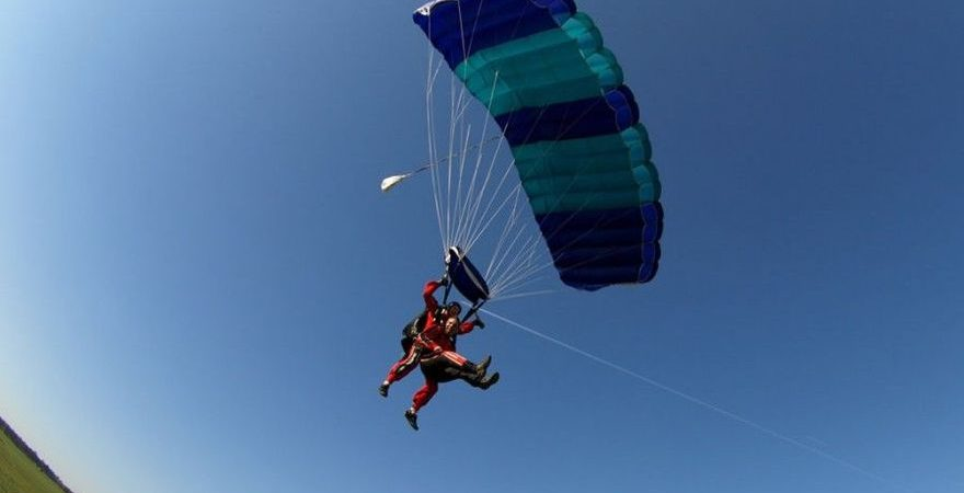 Skoki ze spadochronem w Poznaniu
