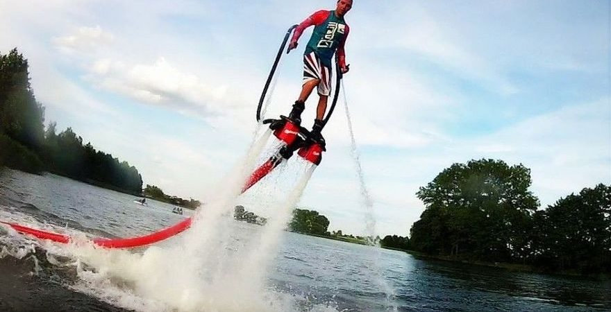 Idealny prezent dla miłośnika sportów wodnych